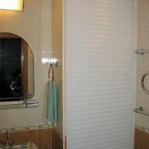роллета в ванной комнате